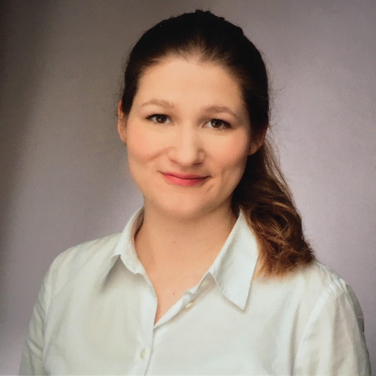 Ela Louise Kruse